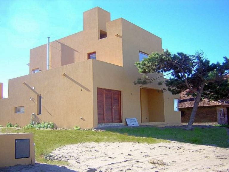 Burriquetas 4318 – Pinamar